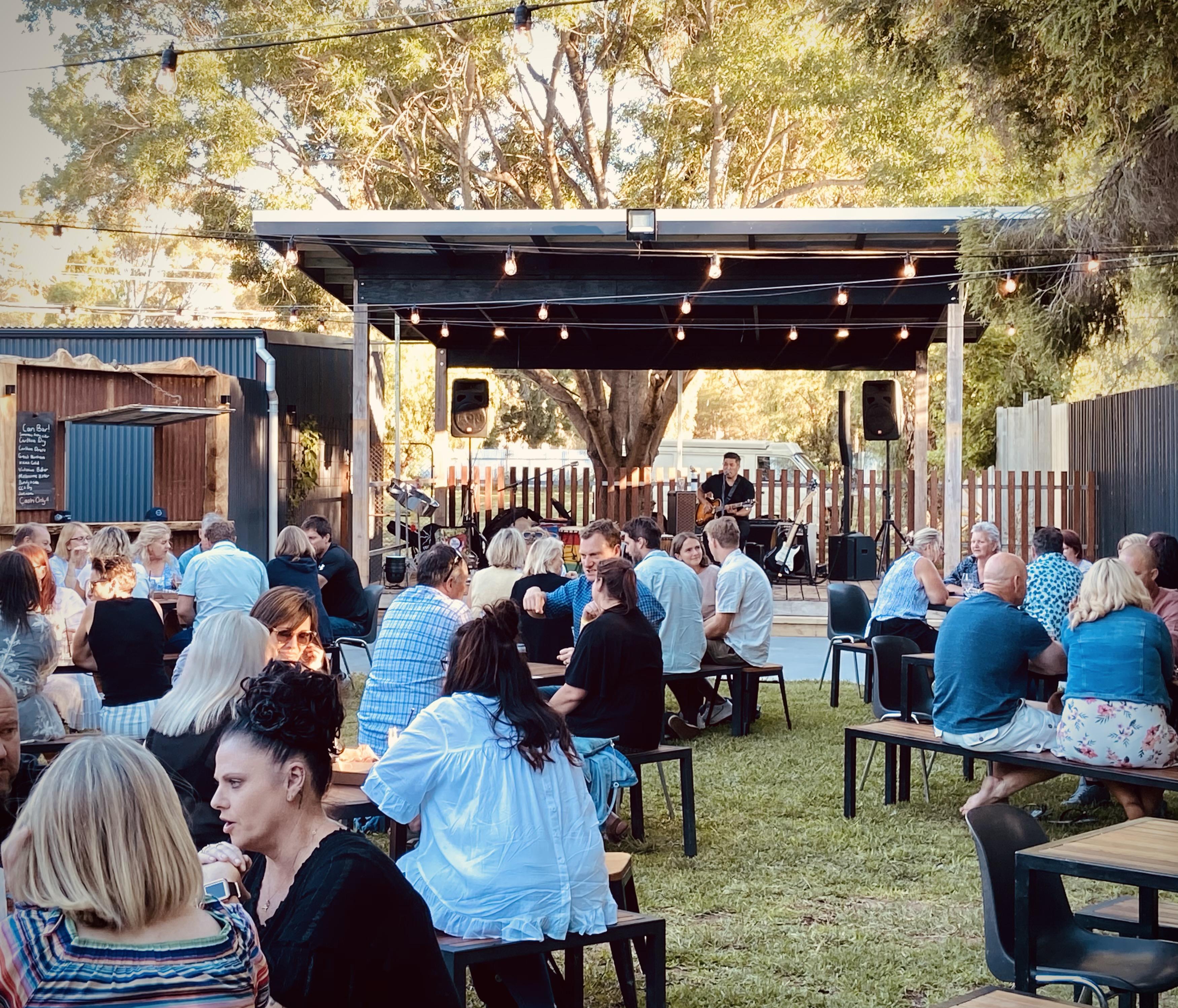 http://www.balldalehotel.com.au/wp-content/uploads/2021/01/Beergarden-Nov-2020.jpg